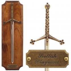 Panoplia con espada Claymore
