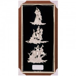 Frame showcase with silvery sailboats