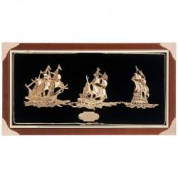 Cuadro-vitrina con veleros dorados