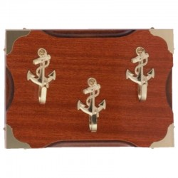 Key hanger with 3 anchor hooks