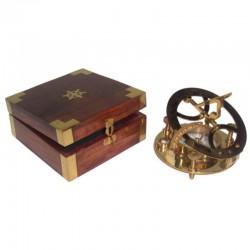 Brass solar clock 11cm, with wooden box 14x14x6cm
