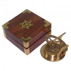 Brass solar clock 6cm, with wooden box 8x8x4cm