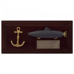 Submarino Peral y ancla en metopa de 19x9cm