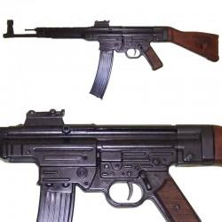 StG 44 assault rifle,...