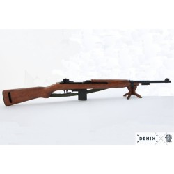 M2 carbine, USA 1941. With belt.