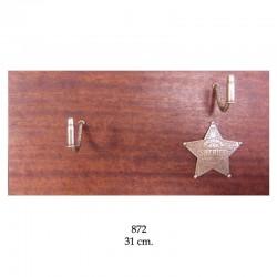 Wooden shelf for 1 revolver