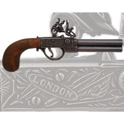 English pistol, 18th century (29cm)